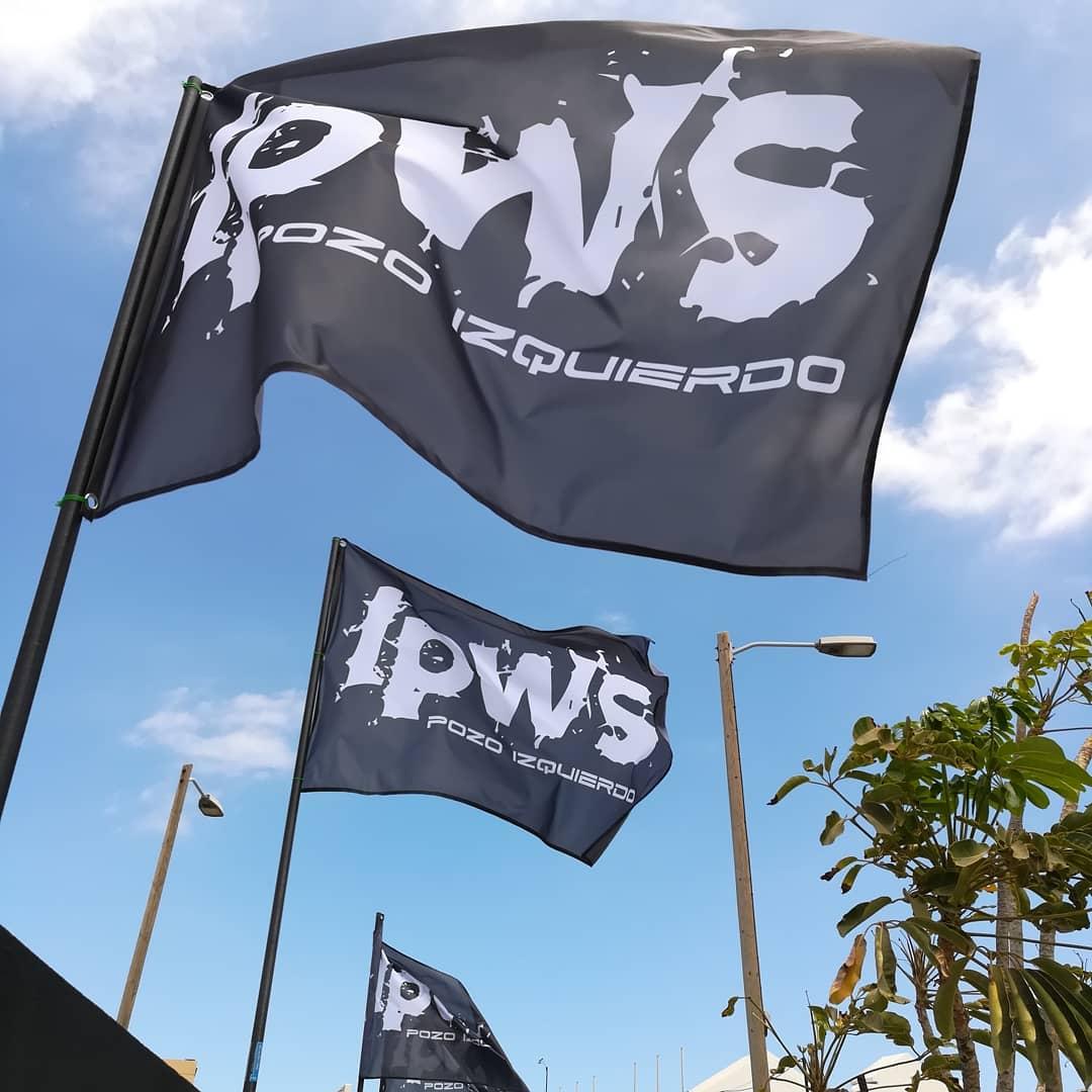 Banderas a medida con patron a petición